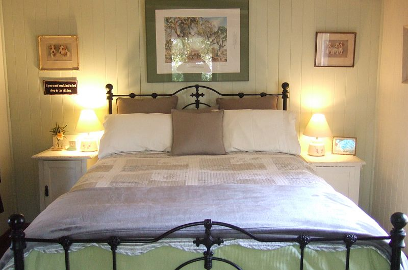 Pet Friendly Wattle Cottage